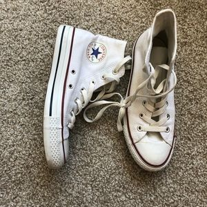 NEVER WORN OUTDOORS White Converse High Tops